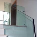 Лестничные ступени и ограждения из стекла 30