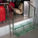 Лестничные ступени и ограждения из стекла 31