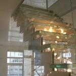 Лестничные ступени и ограждения из стекла 35
