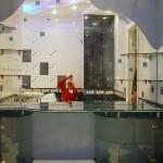 Мебель и раковины из стекла для ванной комнаты 28