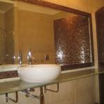 Мебель и раковины из стекла для ванной комнаты 29