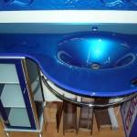Мебель и раковины из стекла для ванной комнаты 40