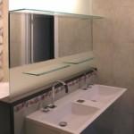 Мебель и раковины из стекла для ванной комнаты 49