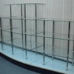 Полки и витрины